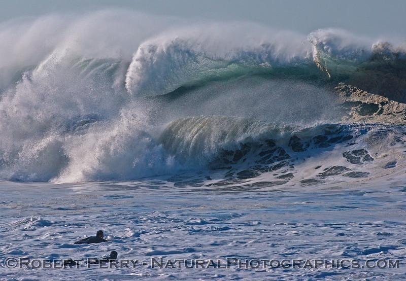 1-waves Hurricane Marie 2014 08-27 Point Mugu Rock-031