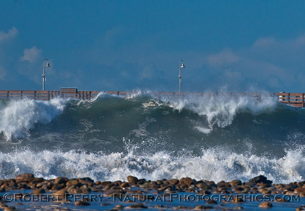 Waves - Ventura Pier.