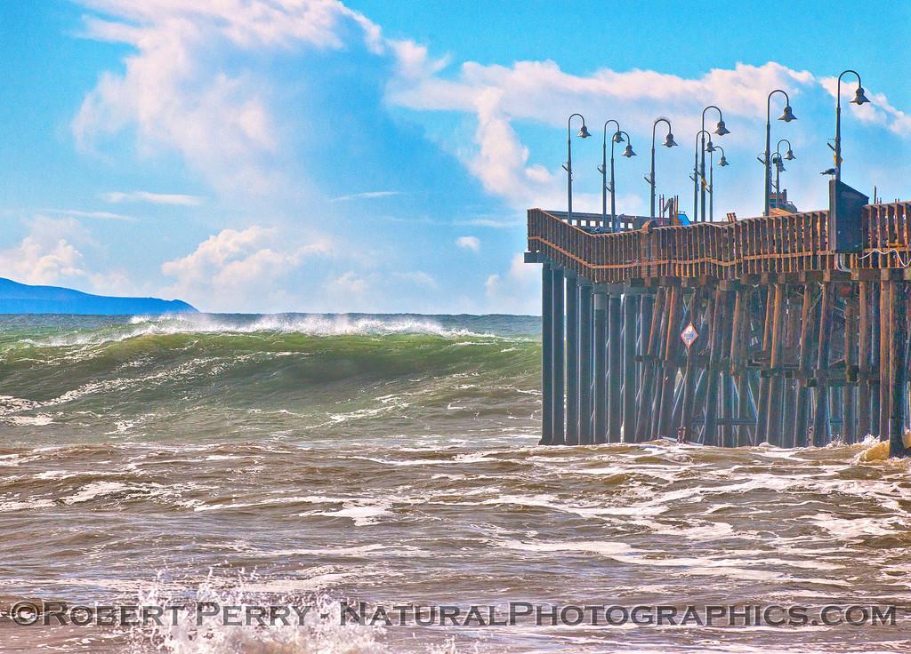 Waves Ventura Pier - 2016 01-07 Waves & Beaches-226-b
