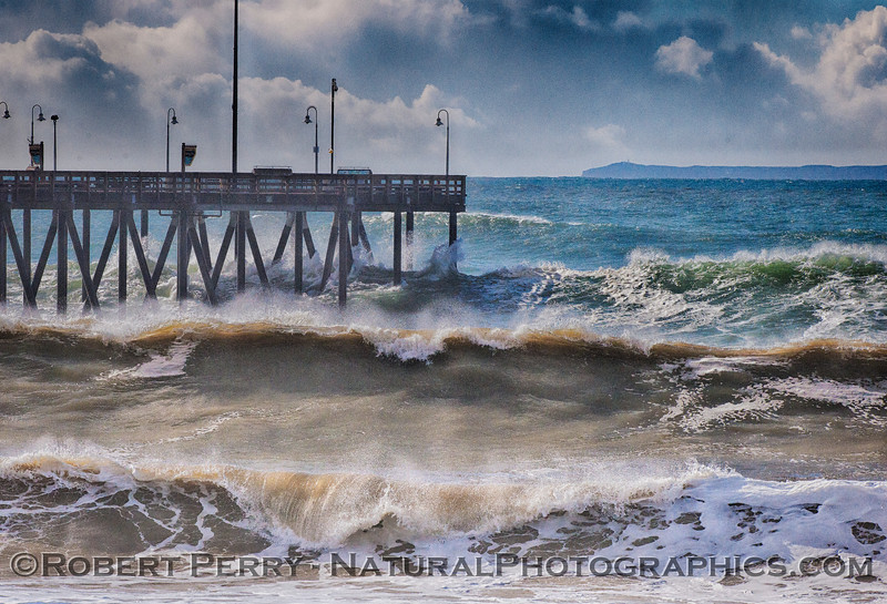 Waves Ventura Pier - 2016 01-07 Waves & Beaches-041