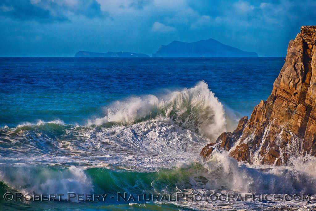 Wave - Mugu Rock & Anacpa Island in back 2016 01-07 Waves & Beaches-015