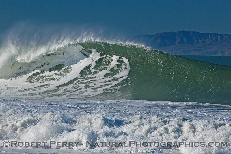 waves 2016 01-12 Ventura Harbor-304