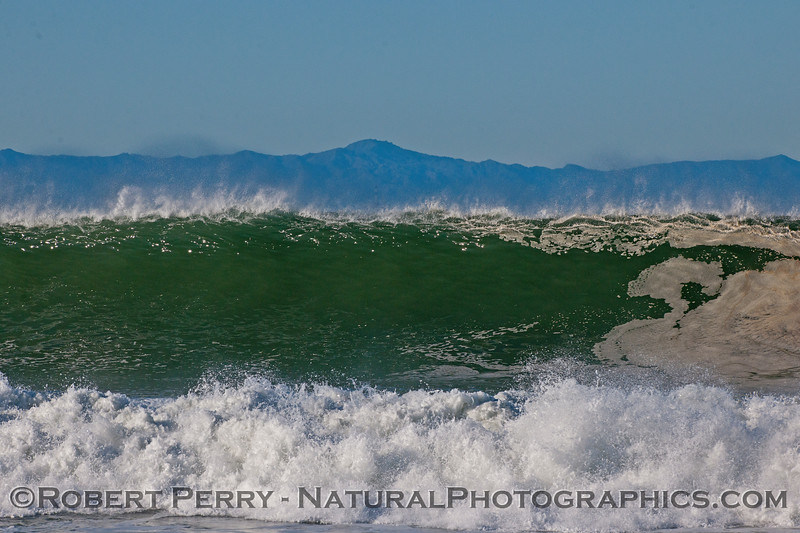 waves 2016 01-12 Ventura Harbor-143