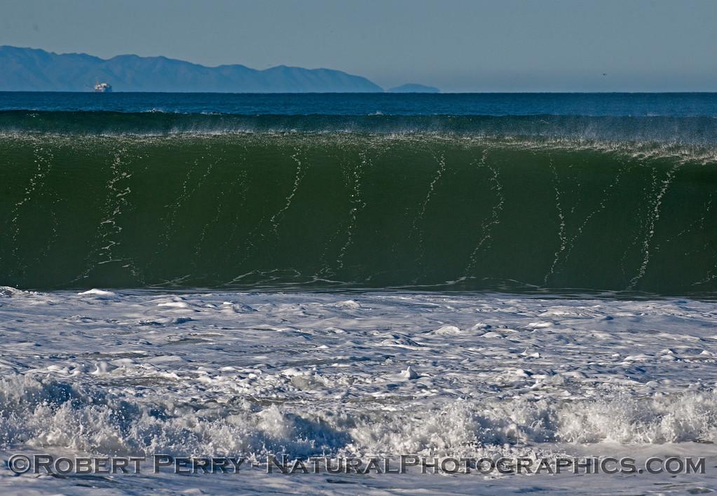 waves 2016 01-12 Ventura Harbor-166