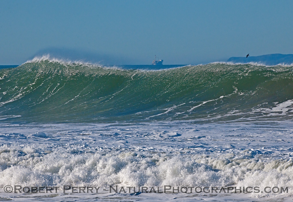 waves 2016 01-12 Ventura Harbor-231