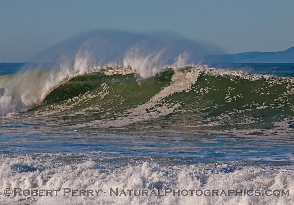 waves 2016 01-12 Ventura Harbor-199