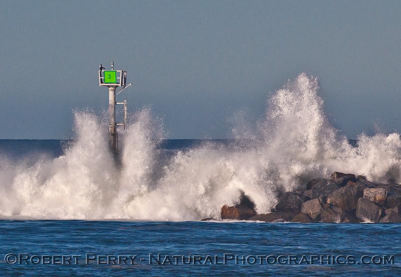 waves channel marker 2016 01-12 Ventura Harbor-006