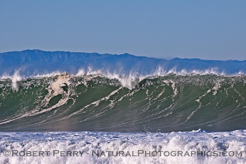 waves 2016 01-12 Ventura Harbor-033