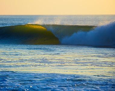 Backlit wave 9-23-09  134
