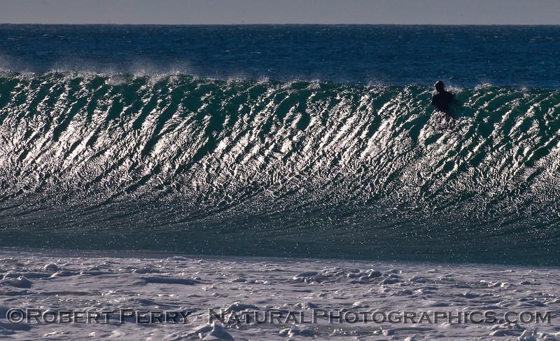 big wave wind & surfer silhouette 2010 01-14 Zuma - 097
