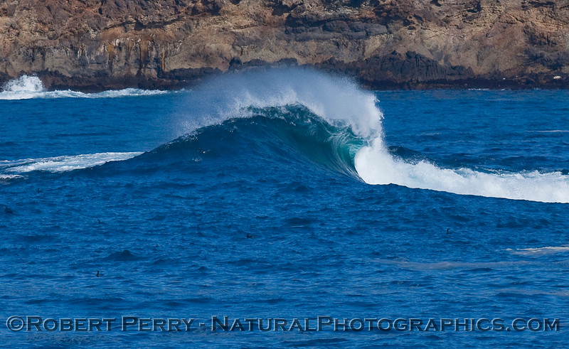 Fraser Point wave w spray CLOSE 2009 12-28 SB Channel  d - 003