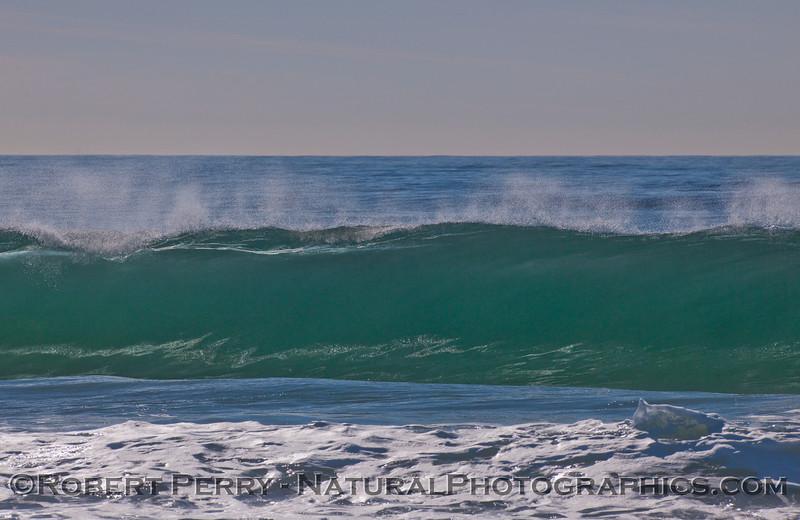 glassy wave & spray 2010 12-09 Zuma - 124