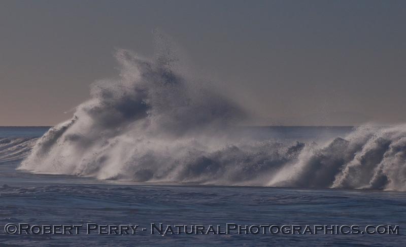 big wave crash offshores 2010 01-14 Zuma - 031