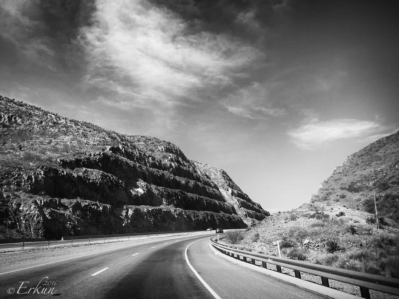 En Route to Mesilla via the Transmountain Road