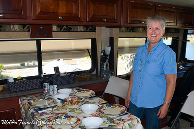Lunch w/Sue & Mo at Gulf Waters RV Resort. 19 Jan 2014
