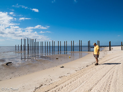 What is it that Mui's looking at on the beach … Waveland, MS - 7 Apr 2013