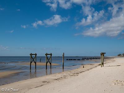 Today's beach walk will take us west from the Waveland Pier. Waveland, MS - 7 Apr 2013
