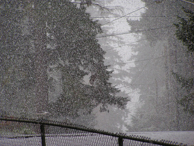 December 12th, 2007 - Shoreline snow event