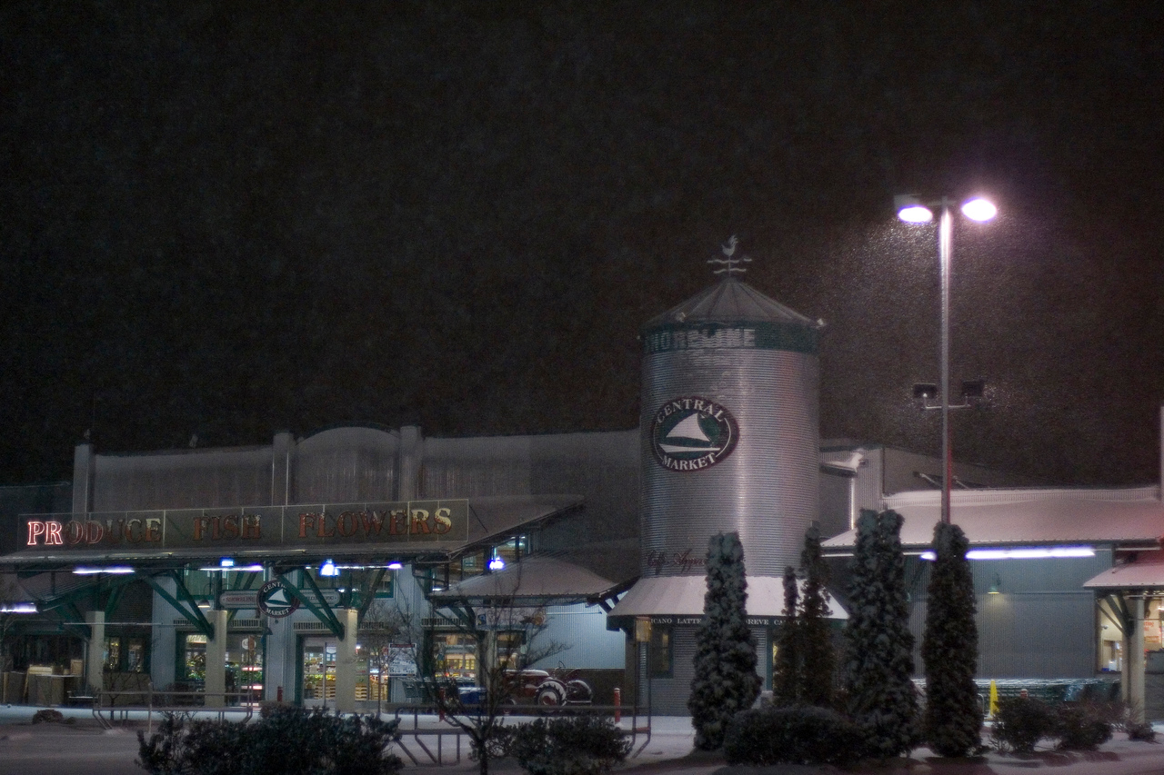 Central Market covered in 5 inches of snow.