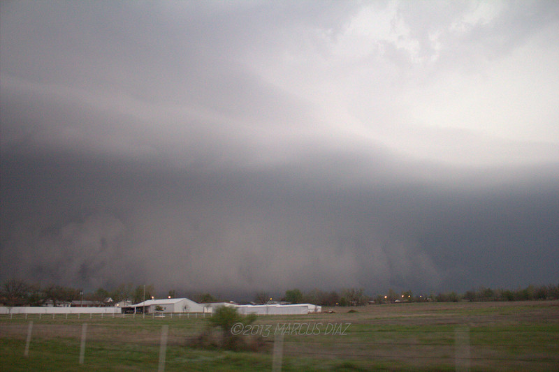 """7:06 PM - Just on the northeast side of Lawton looking NW at our """"Scrubbing Bubbles"""" meso."""