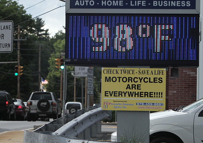 98 degree thermometer Lowell 081216