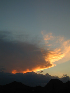 Thunderhead beyond the Mustang Mts., in Rain Valley probably.