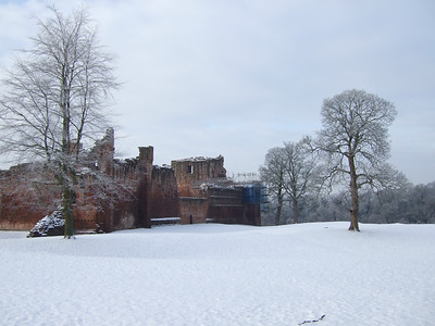 Bothwell Castle Snow