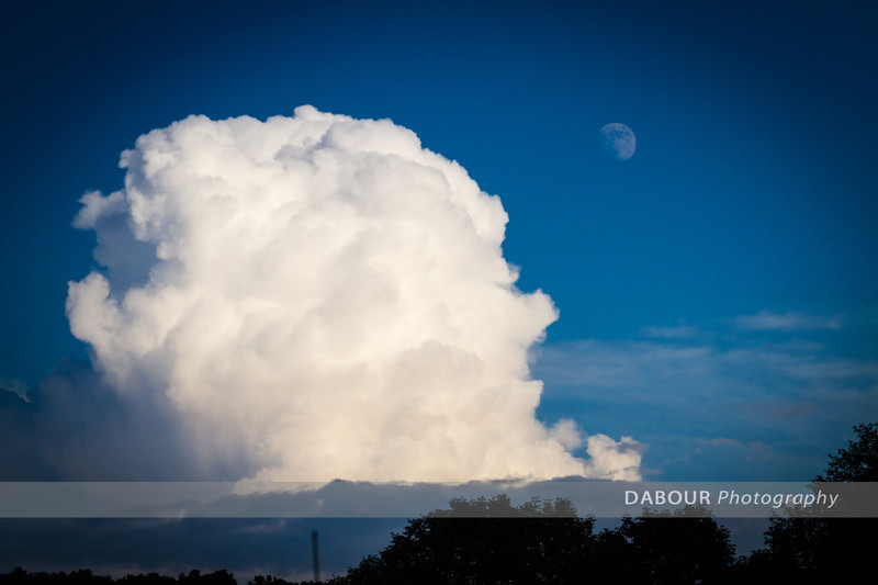 Some TRW clouds in the distant. The cells were not too big. Note the moon in some of the shots!
