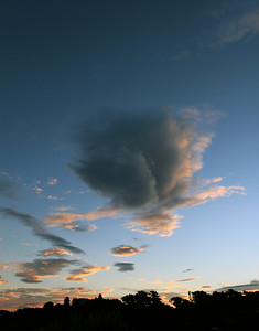 Clouds at sunset over Lower Hutt, 01 March 2011.