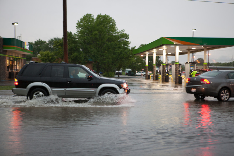 Road between the Walmart Neighborhood Market and the Mapco gas station.