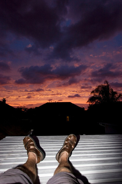 Waiting for the storm at the Vonderhaar's in Sugar Land, TX.  We had some beautiful skies from their backyard, but some not so spectacular feet.