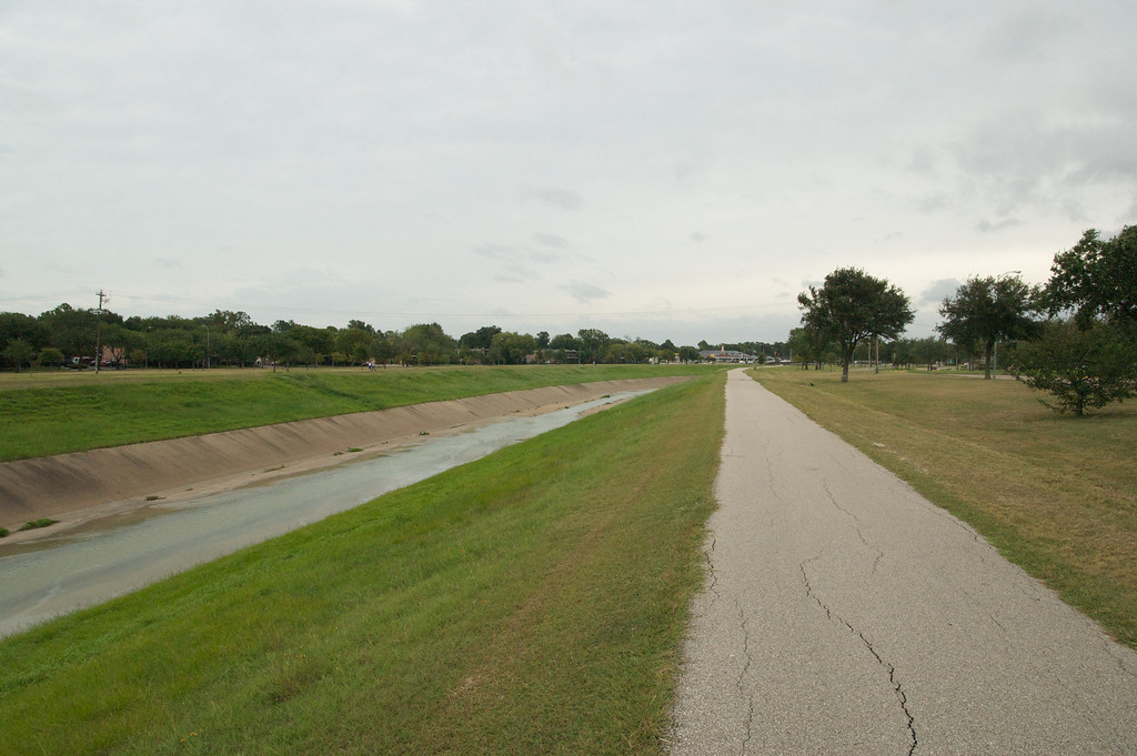 Brays Bayou before the storm