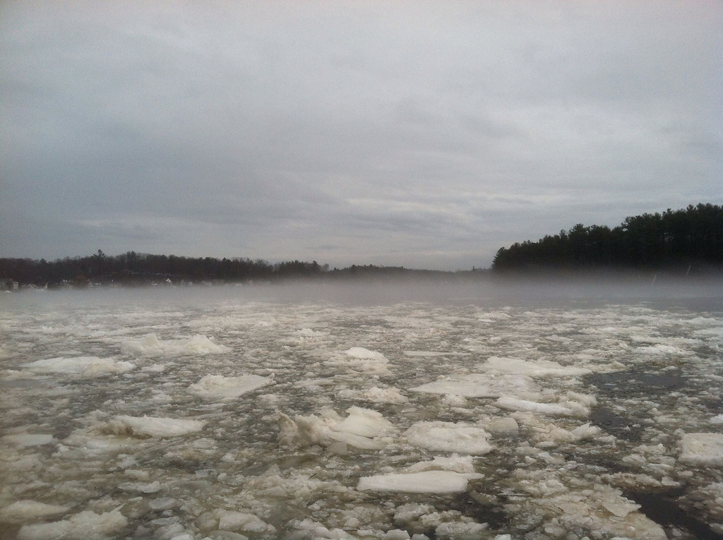 Ice flows in the Merrimac River