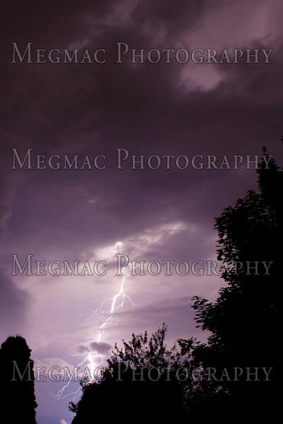 Lightning-8084