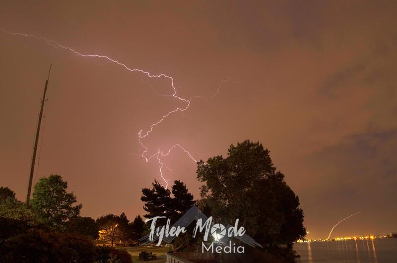 11  Anvil Lightning