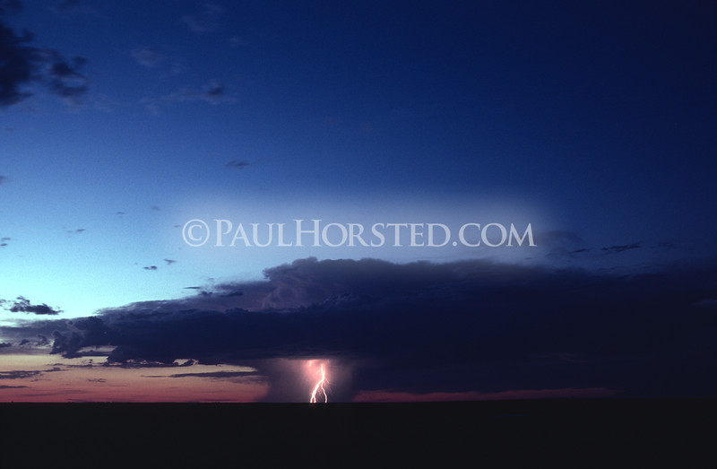 A solitary thunderstorm cell moves across the plains of western South Dakota. ©Paul Horsted, All Rights Reserved.