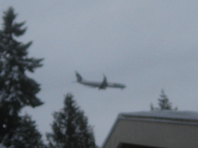 Yes, they are still flying.  This is an Alaska Airlines flight landing on 16 Center.