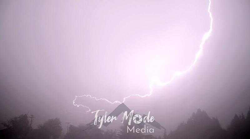 4  Lightning Bright