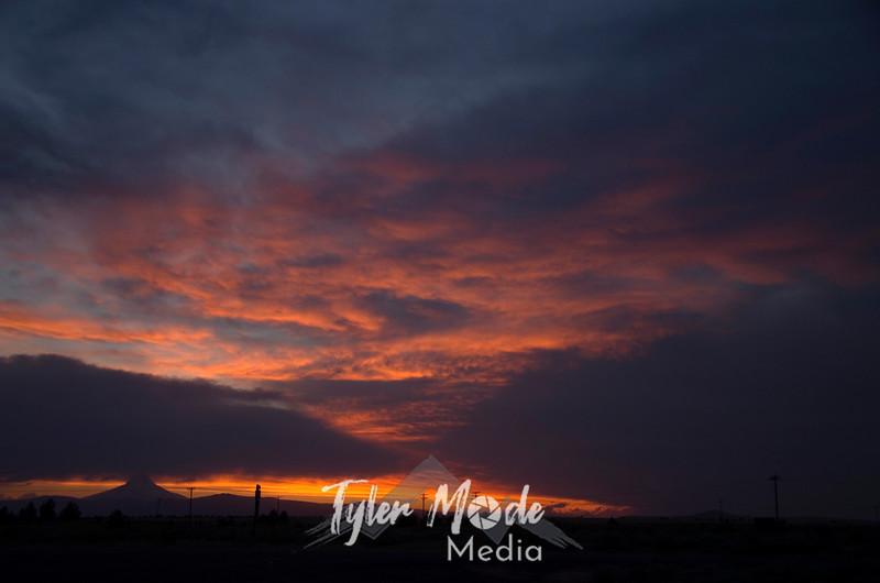 95  G Hood Sunset Wide