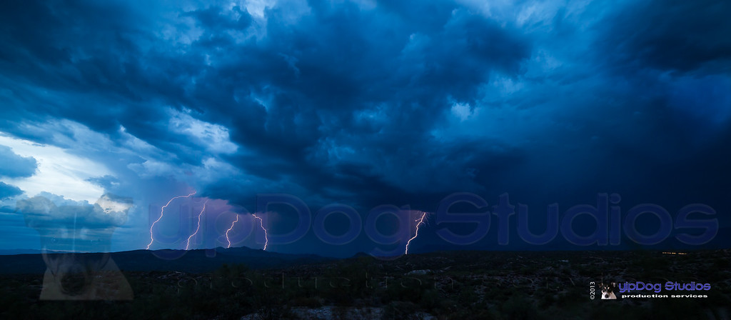IMAGE: http://yipdog.smugmug.com/Weather/Storms/i-35jqwC7/0/XL/1DX_0178-XL.jpg