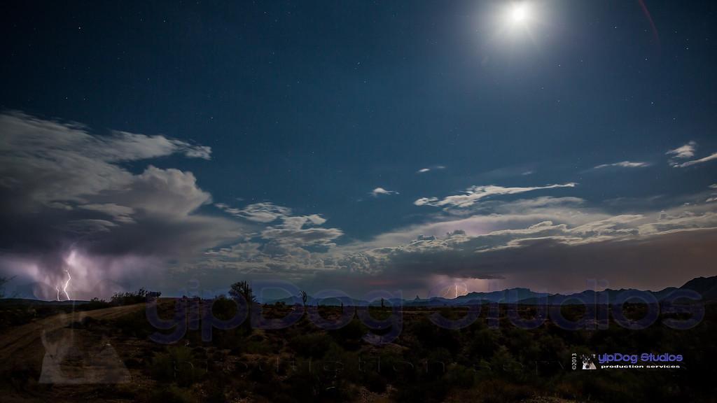 IMAGE: http://yipdog.smugmug.com/Weather/Storms/i-8Z5cX9J/0/XL/_DS_0177-XL.jpg