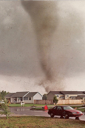 Tornados and funnel clouds