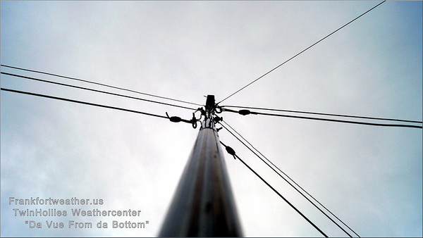 """<a href=""""http://frankfortweather.us"""">http://frankfortweather.us</a><br /> The ISS mast, just for fun..."""