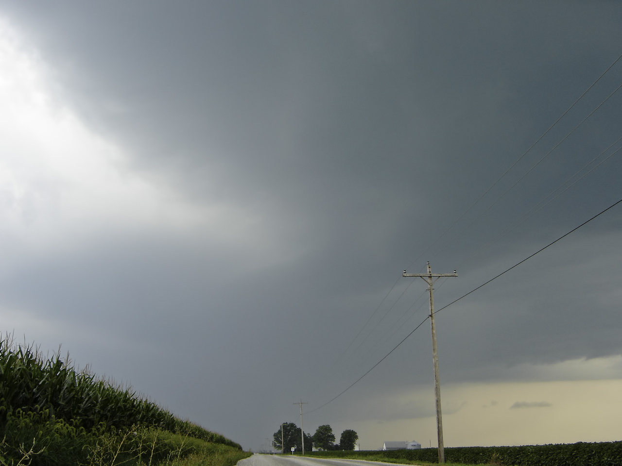 July 26 - W Macon County IL (severe thunderstorm approaching)