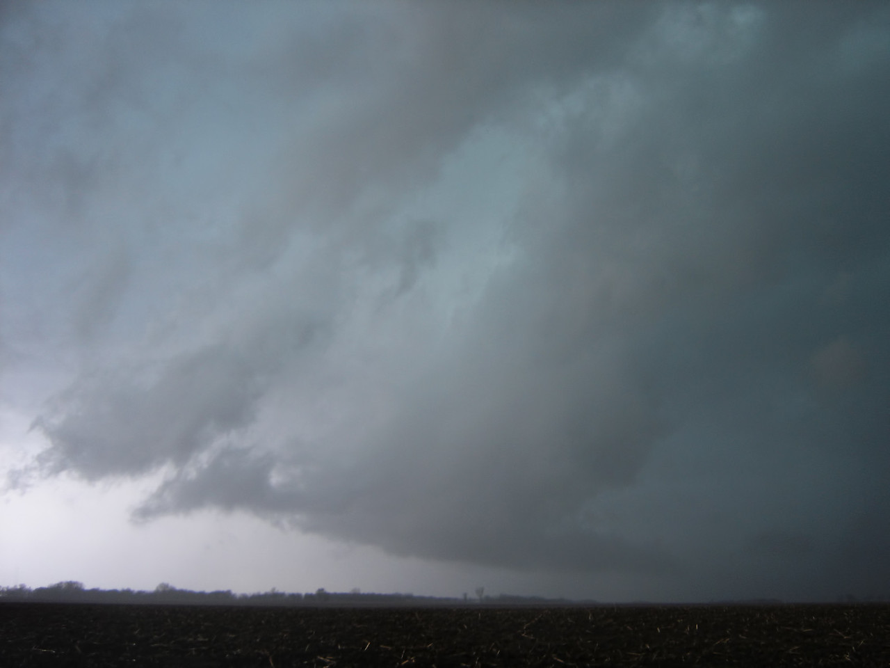"April 16 - Tornado warned storm in NW Macon County IL<br /> <br /> Related link <a href=""http://www.crh.noaa.gov/ilx/?n=apr16tor"">http://www.crh.noaa.gov/ilx/?n=apr16tor</a>"