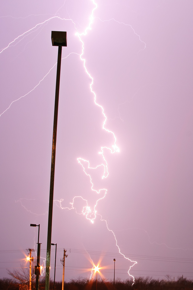 March 19 - Decatur IL (first DSLR lightning capture)