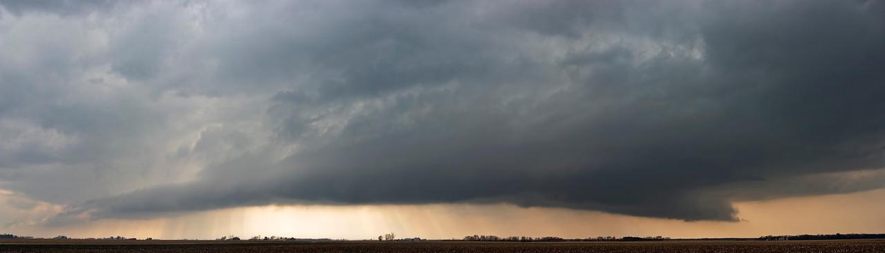 April 5 - Tornado Warned Storm, Northern Christian County Illinois