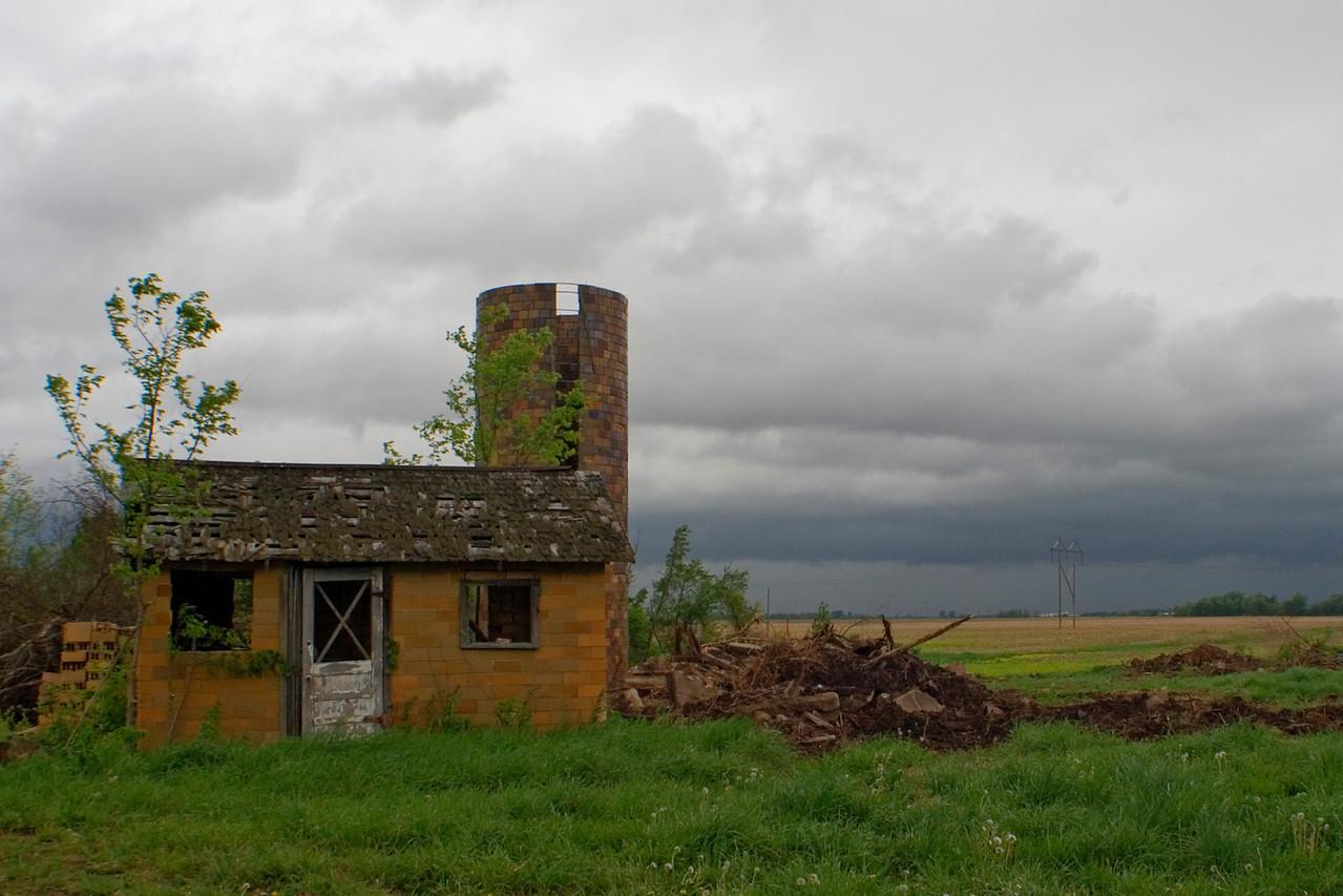 April 24 - Tornado Warned Storm, Bond County Illinois