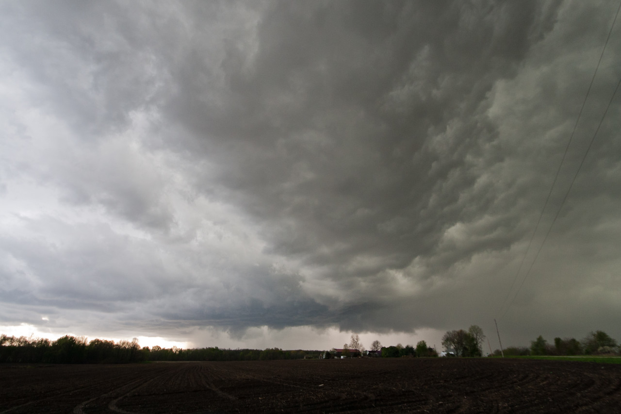 Later near Nokomis IL, tornado warned.