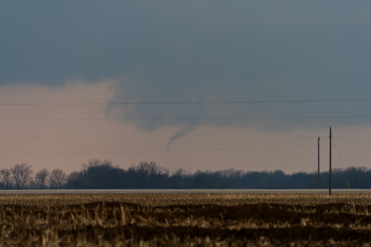 TORNADO!!! (North of Jacksonville IL)